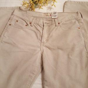Levi corduroy jeans size 10🌻